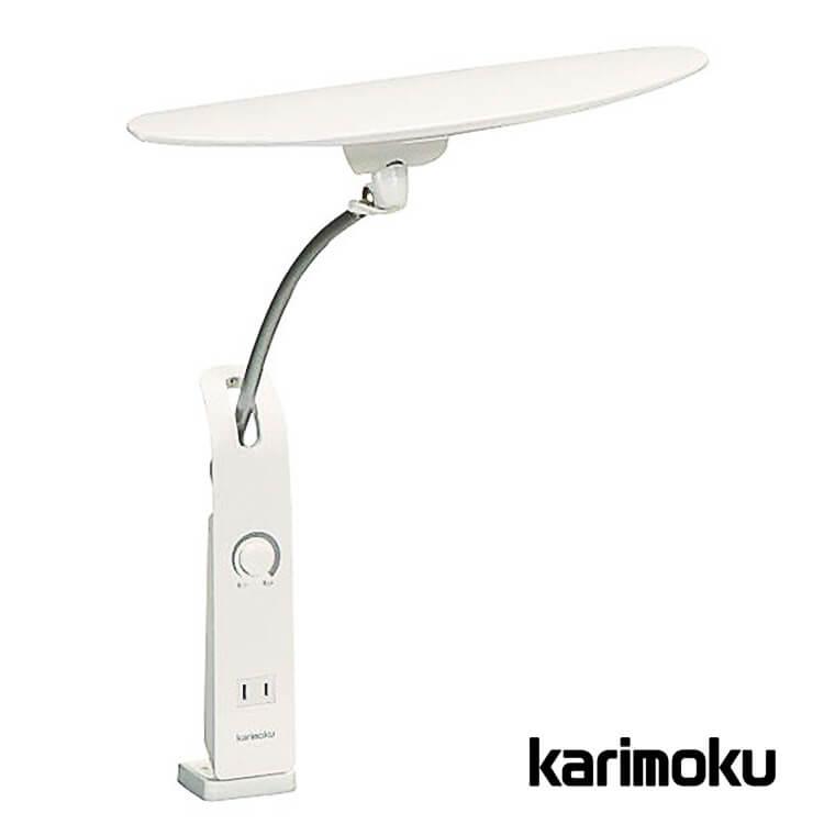 【送料無料】カリモク学習机用LEDスタンドライト/クランプ式 KS0156SHホワイト色(照明 デスクライト 無段階調光式 面発光 1口コンセント付) 週末ポイント5倍