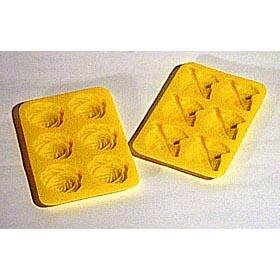ルクエのシリコンのクッキー型です バレンタインのチョコレート型にしてもGoodです また 手作り石鹸やロウソクの型としてもお使い頂けます ルクエ LEKUE シリコンクッキーモールド2枚セット黄 葉 バラ型 チョコレート型 新品未使用 薔薇 直営ストア シリコン型 訳あり特価品 アウトレット