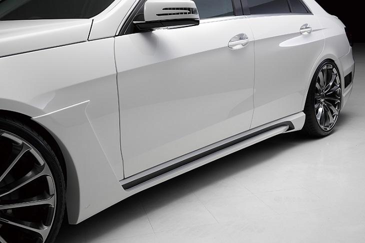 《WALD ヴァルド》サイドステップMercedes Benz メルセデス ベンツ W212 Eクラス (2013年~)※E250(アバンギャルドは除く)に取付け時、必要な純正パーツがあります『代引不可』