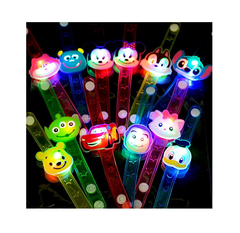 おもちゃ 光るおもちゃ 景品 縁日 夏祭り お祭り 夜店 露天 祭り 子供会----- ディズニー光るダイカットブレスレット 12入