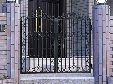 三協アルミ ファンセル8型 両開き ゲート・門扉【現場打ち合わせ無料・全国工事対応】