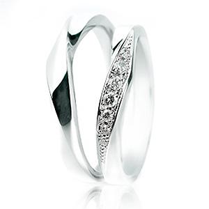 サムシングブルー セントピュール マリッジリング (結婚指輪) Wrap Heart