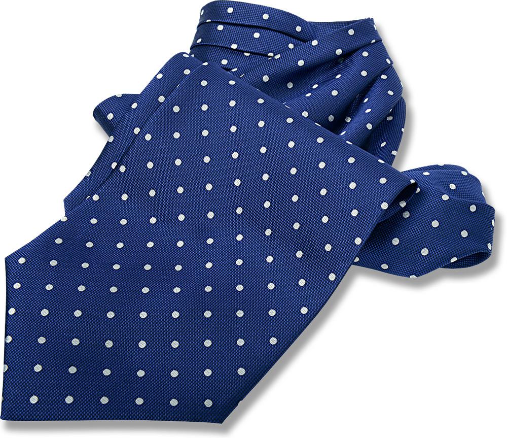 アスコットタイ&チーフセット。綺麗なブルーのドット柄。お揃いのチーフもセットになったアスコットタイ