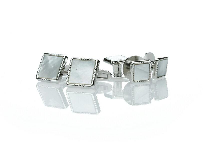 燕尾服用に最適な白蝶貝のカフススタッド 即出荷 商店 日本製カフススタッド 白蝶貝の日本製カフスとスタッドのセット 純銀製シルバー925