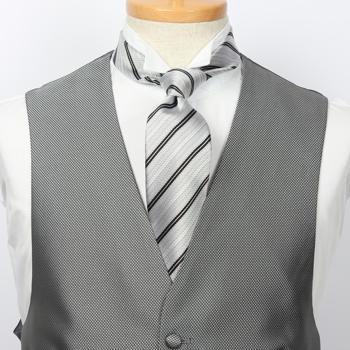 フォーマルベスト&タイ4点セット。フォーマルベスト、ネクタイ、ウイングカラーシャツ、ポケットチーフがセットになったお得なフォーマルベストセット/グレーベスト メンズ 日本製