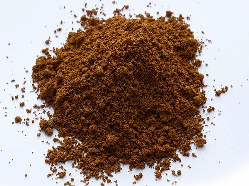 【送料無料】泥分を適度に含む山土です。赤みを帯びた色合い。 山土(赤) 約16kg×7袋 ガーデニング ガーデン 園芸 庭造り 畑作り 花壇 DIY 基本用土