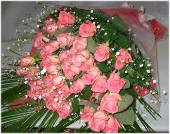 【送料無料】ピンクのバラの花束【50本】