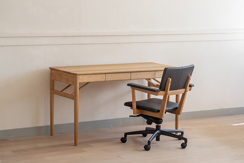 【ふるさと納税】Writing Desk+Personal Chair