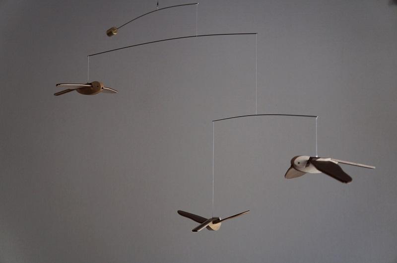 【ふるさと納税】「鳥たちの空」シマエナガモビール〈3羽組〉