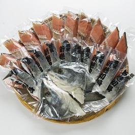【ふるさと納税】北海道雄武町産 秋鮭(山漬)・いくらセット 山漬鮭2.5kg いくら醤油漬250g