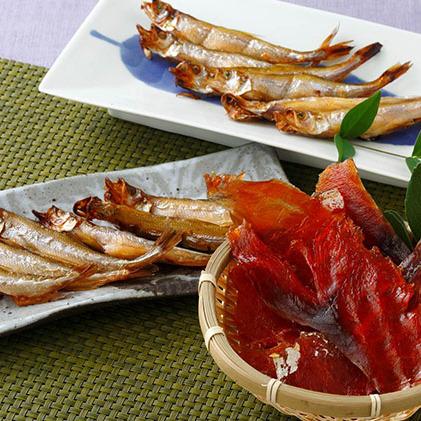 北海道えりも町 ふるさと納税 北海道産ししゃもと鮭とばチップ魚々燻 魚貝類 干物 激安挑戦中 ししゃも サケ 鮭 鮭とば 公式ショップ さけ 鮭とばチップ