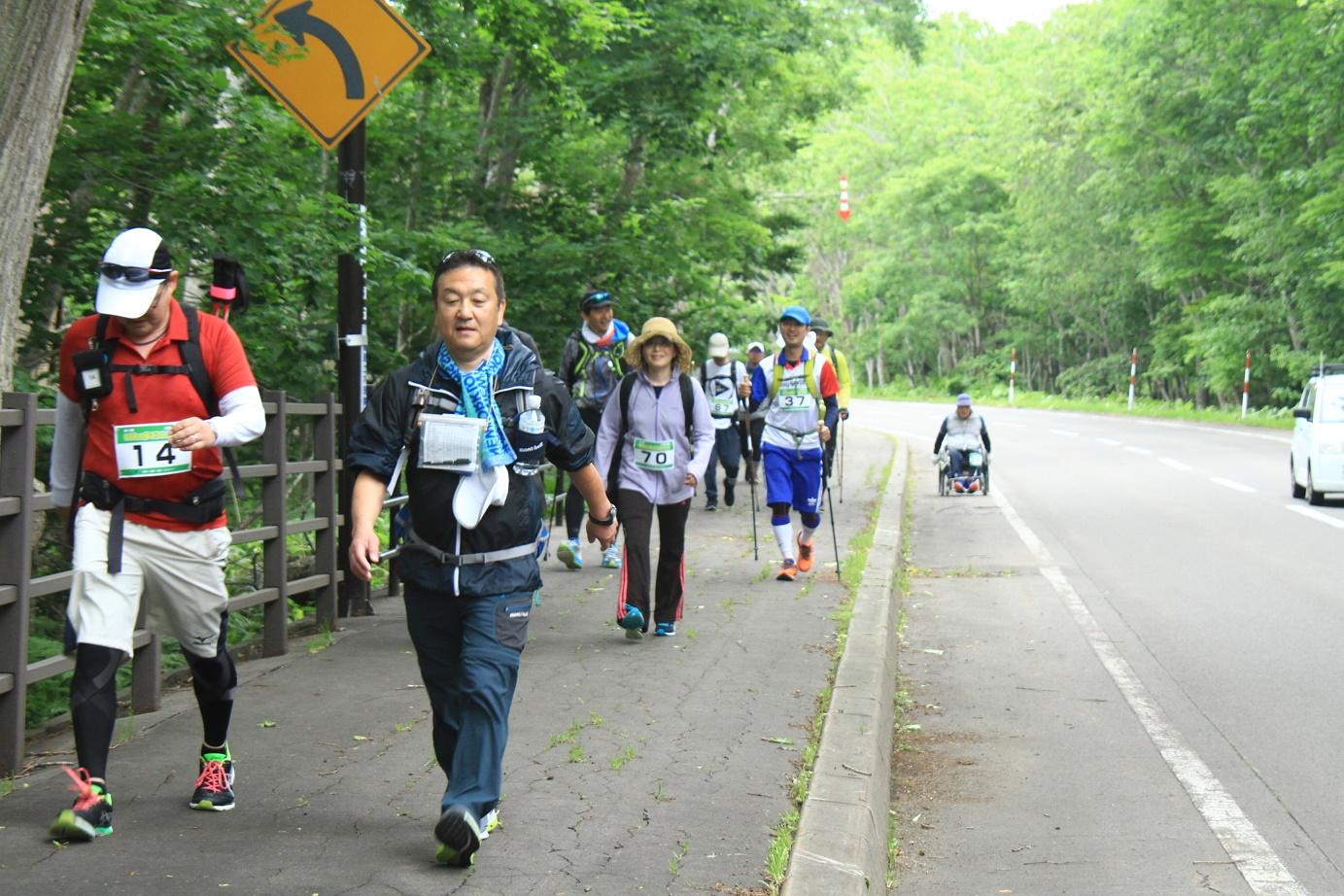 北海道の大自然を満喫する「100km歩こうよ大会」は300名を超えるイベントとなりました