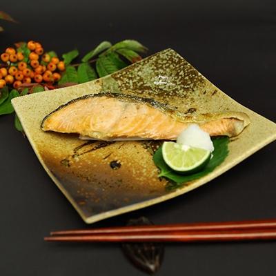 【ふるさと納税】【船上一本〆シリーズ】 天然時鮭の切身セット(10切れ)【1052528】