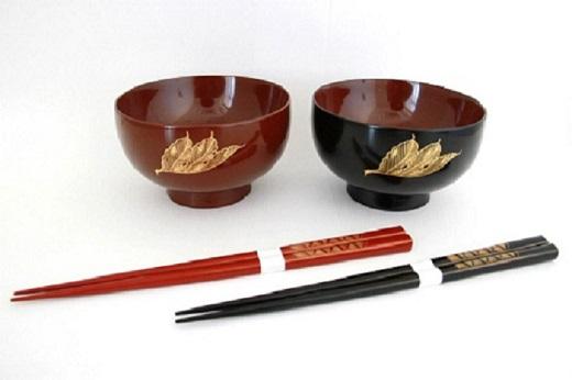 【ふるさと納税】H5601 川連漆器 夫婦汁椀箸セット 菊