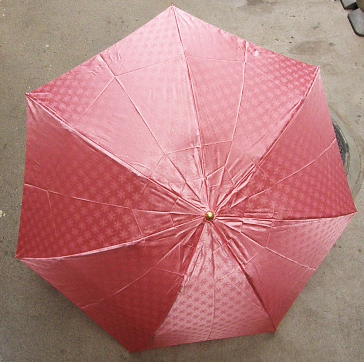 かさ/メンズ/レディース/おしゃれ 【ふるさと納税】BL04_雪華模様の折り畳み傘(サイズ55cm)カラー:ピンク