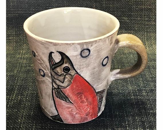 【ふるさと納税】No.156 色絵マグカップ(紅ザケ柄) / 陶器 コップ ティーカップ さけ 手書き