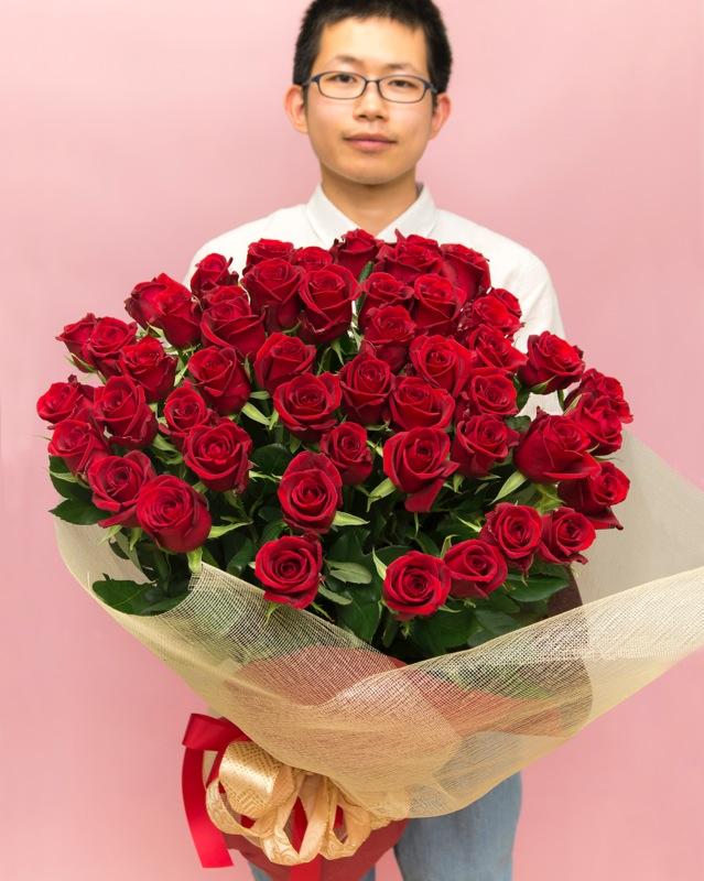 【ふるさと納税】《記念日に届くお花シリーズ》赤バラの花束 50本「いつまでもつづく、恒久の愛」