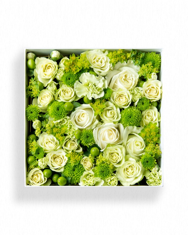 【ふるさと納税】《お花の定期便シリーズ》「季節毎」に届く、旬のアレンジメント Mサイズ
