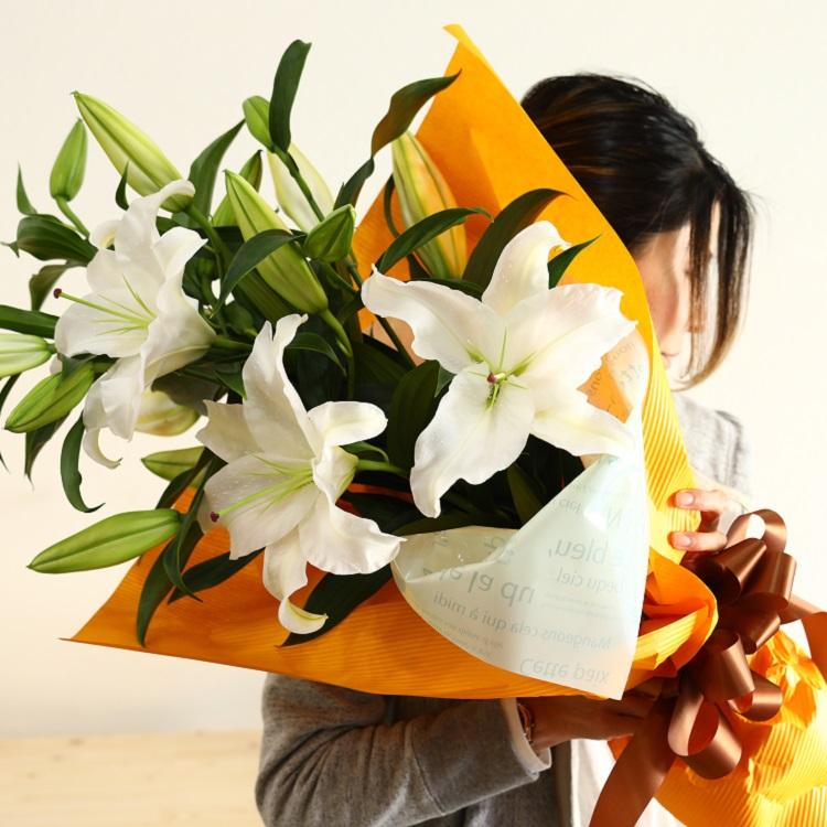 【ふるさと納税】豪華なカサブランカの花束