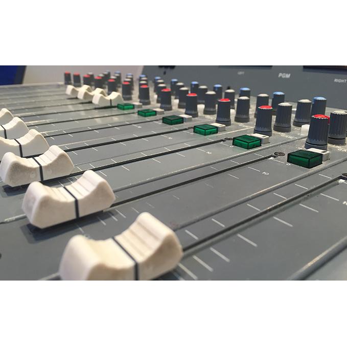 【ふるさと納税】湘南ビーチFM番組プロデュース 1名様 【体験チケット/ラジオ】