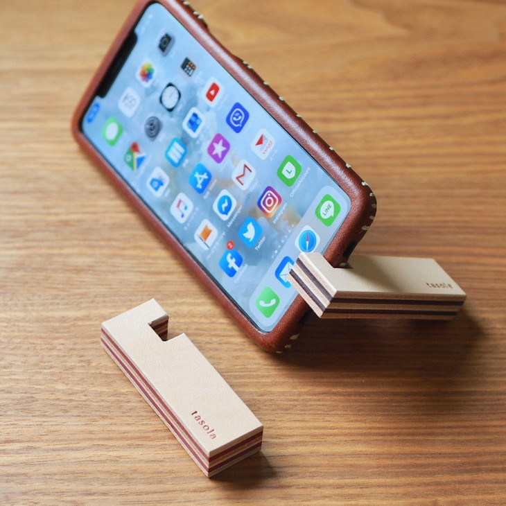 プレゼント ギフト メンズ レディース アイフォン携帯 ストラップ 本革 メーカー公式 ふるさと納税 お値打ち価格で 2色セット スマートフォンスタンド ハンドメイド