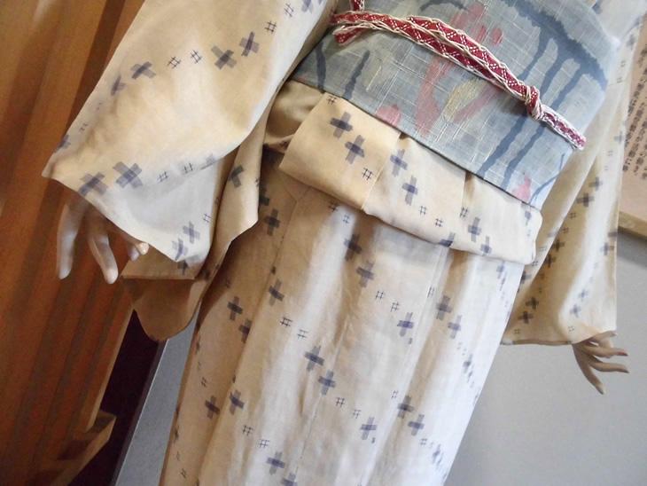 【ふるさと納税】伝統工芸品 「能登上布」帯製作機織体験&小物セット&2枚のれん【7日】