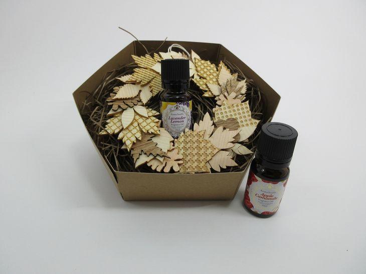 【ふるさと納税】中央市産木材を使用した木製リース(アロマ付)