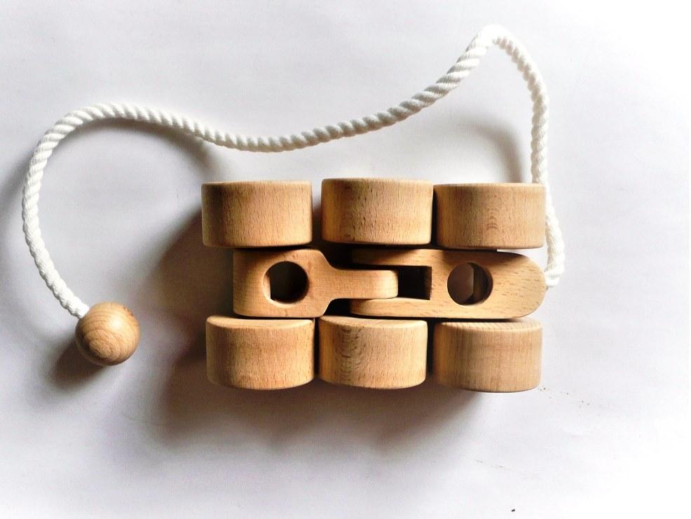 【ふるさと納税】010-059木のおもちゃ「六輪車S」