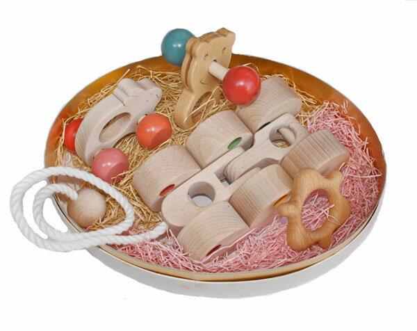 【ふるさと納税】040-001赤ちゃんのための木のおもちゃセット「ユピ」