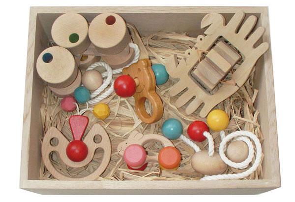 【ふるさと納税】080-002赤ちゃんのための木のおもちゃセット「赤ちゃんおもちゃBセット(桐材の木箱)