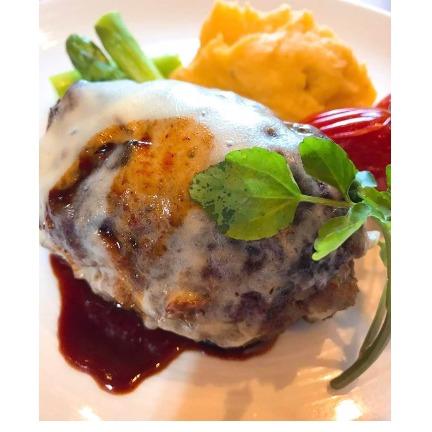 【ふるさと納税】焼肉屋さんのジューシーハンバーグ3つ 【お肉・ハンバーグ】