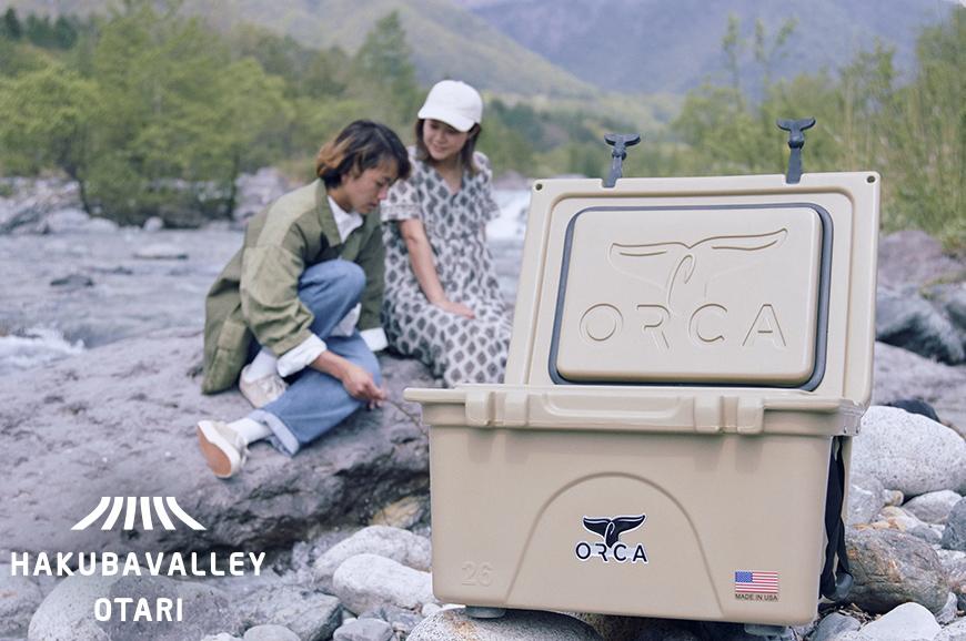 オリジナルクーラーボックスは 過酷な状況下で性能を発揮できるよう設計された信頼性の高い 信託 ORCA オルカ とのコラボレーションによりできたアイテム 令和3年10月末発送予定 ふるさと納税 タン 送料無料カード決済可能 オリジナルクーラーボックス OTARI HAKUBA 26Quart VALLEY