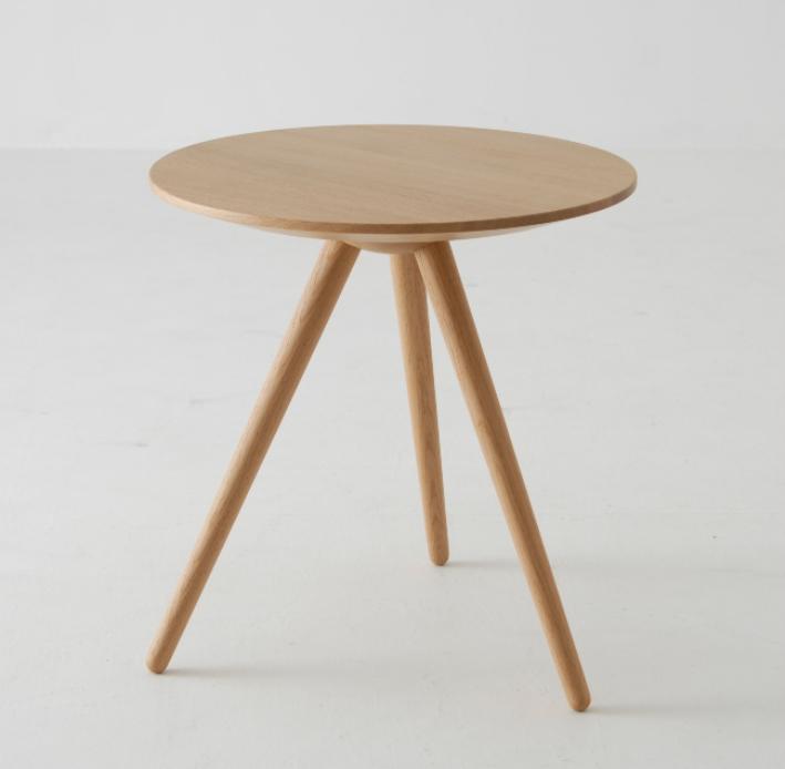【ふるさと納税】ROUND TABLE 〈TRITON・トリトン〉・オーク材 f139