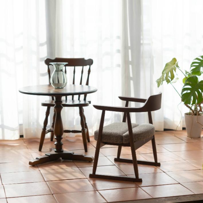 【ふるさと納税】【飛騨の家具】 飛騨産業 低座椅子ハイタイプ(ダーク色) f154