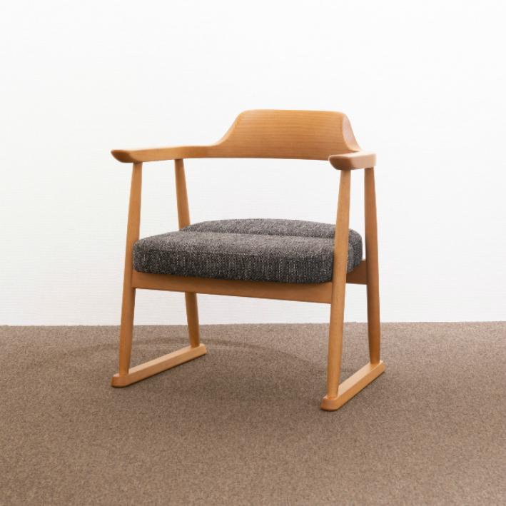 【ふるさと納税】【飛騨の家具】 飛騨産業 座椅子ハイタイプ(ナチュラル色) f155