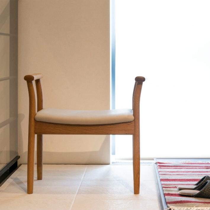 【ふるさと納税】【飛騨の家具】 飛騨産業 玄関チェア(ホワイトオーク) f158