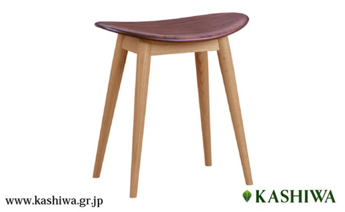 【ふるさと納税】【KASHIWA】スツール 飛騨の家具 オーク材・ウォールナット材 板座 f109