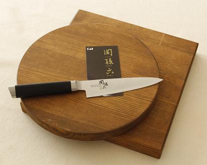 【ふるさと納税】大工が作ったカッティングボードと関孫六ダマスカスペティーナイフ
