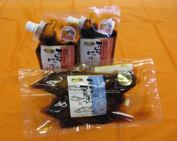 【ふるさと納税】No.161 日本料理の味シリーズ1 / 味噌 黒にんにく卵黄入り 万能みそ 甘露煮 岐阜県