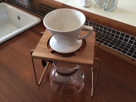 【ふるさと納税】1 point Coffee drip stand 胡桃材&真鍮製のスタンド[B0022]