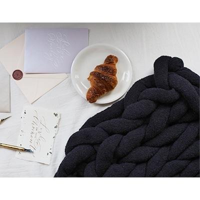【ふるさと納税】Cloudy Hand Knit Blanket LLサイズ ブラック MWCA-000【1064371】