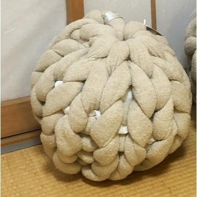 【ふるさと納税】Cloudy Hand Knit Cushion Sサイズ ベージュ【1109186】
