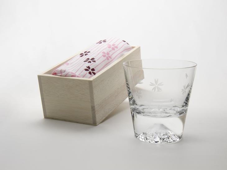 【ふるさと納税】富士山ロックグラス 桜切子 桜風呂敷包み