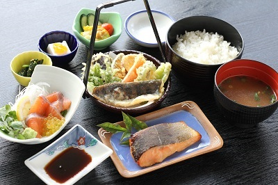 C-14 静岡県食セレクション認定、天城紅姫あまごを食べ尽くす!!あまご食・体験チケット(6名様)