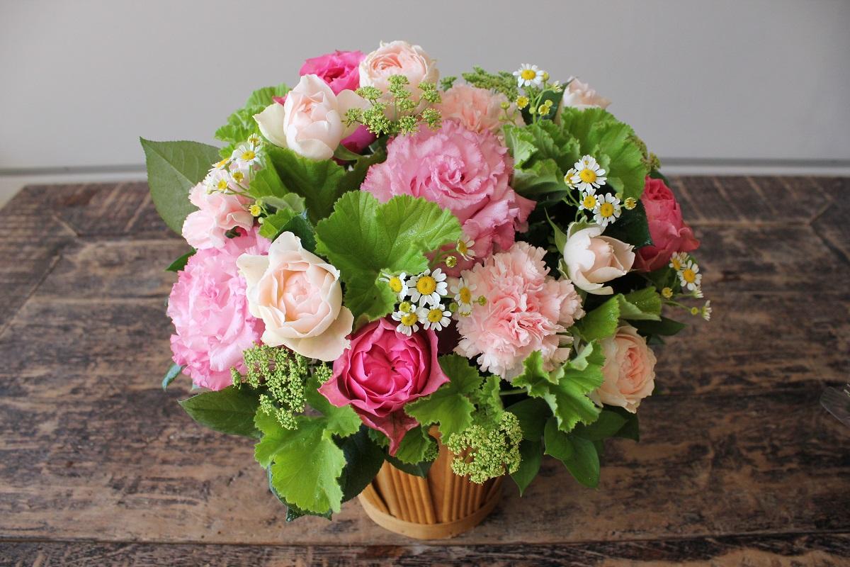 【ふるさと納税】お花ちゃん生花店 季節のフラワーアレンジメント~記念日セット~(全3回) Lサイズ