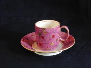 【ふるさと納税】 桑名ロッコク窯 琺瑯腥臙脂金彩 桜花文cafe碗皿 1客