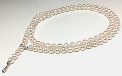 【ふるさと納税】老舗の真珠専門店・高品質アコヤロングネックレス 7.5~8.0mm・90cm