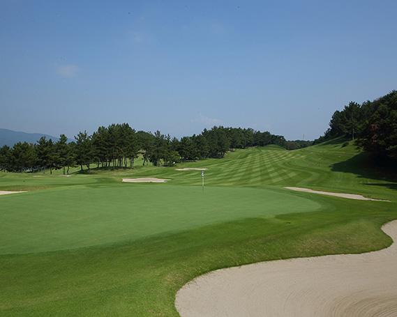 【ふるさと納税】No.190 瀬田ゴルフコース 北コース 1ラウンドプレー(平日) 1名様 / ゴルフプレー券