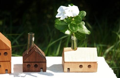 【ふるさと納税】天然木材のHouse一輪挿し(3個セット)