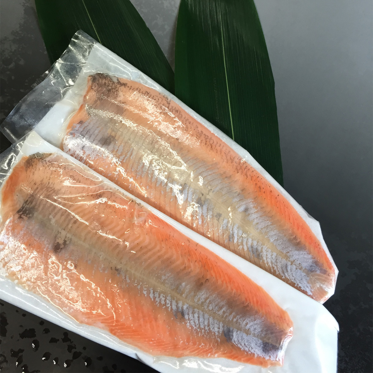 【ふるさと納税】琵琶湖の宝石 ビワマス・フィーレ(生食用)※着日指定はできません。